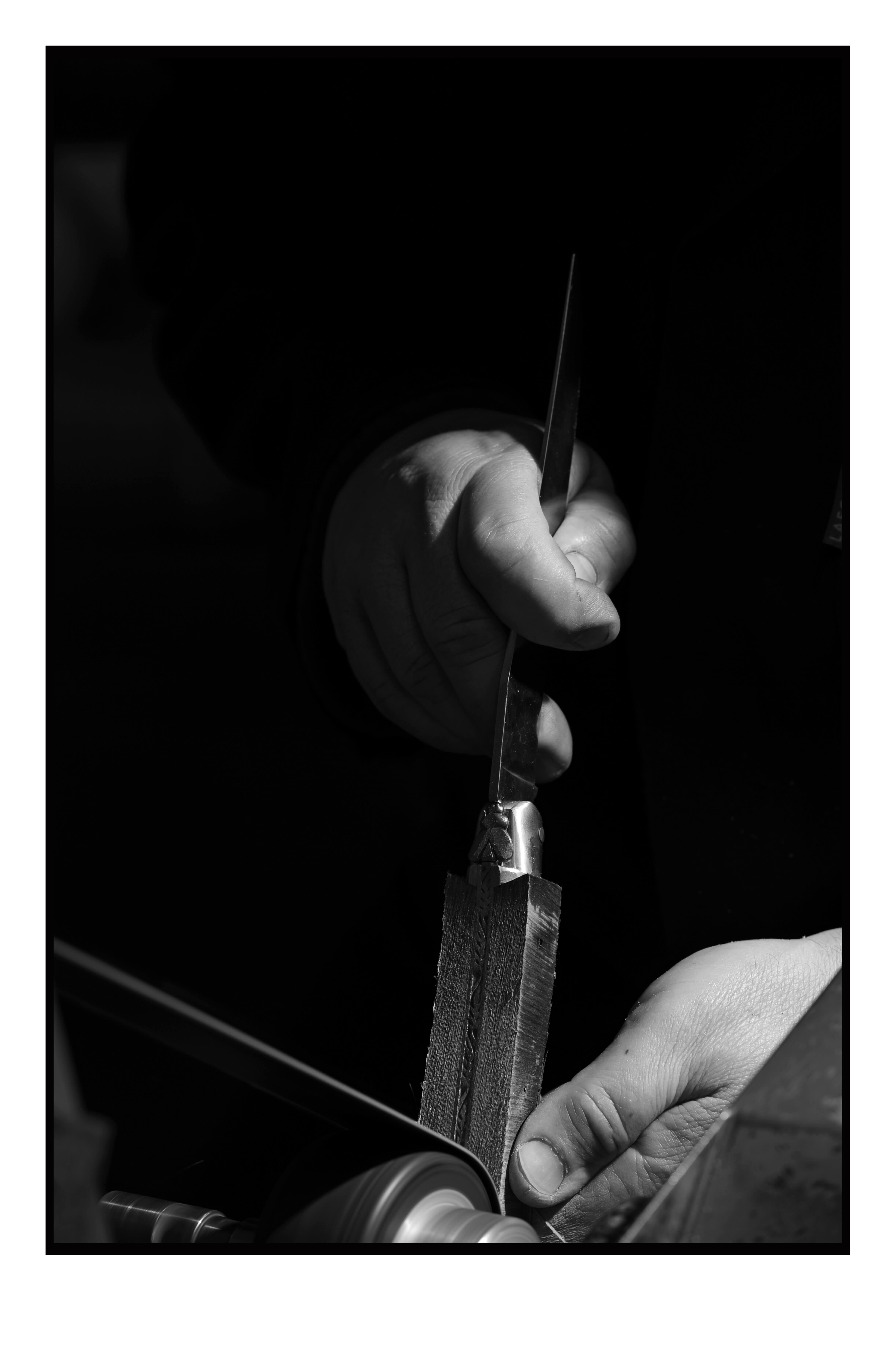 Photographie - Jean-Robert Loquillard - Les mains ; forge de laguiole